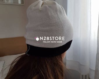 1    LINEA line cap black, white, in pure wool