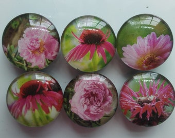 Pink bouquet magnets