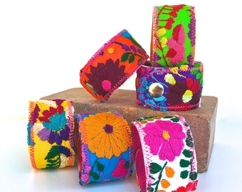 Cuff Bracelet Mexican, Mexican Dress Cuff, Embroidered Mexico Dress Puebla Snap Cuff Bracelet, Peasant shirt, Wide Bracelet, Floral jewelry