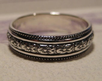 Beaded Flower ... Band Ring ... Sterling Silver