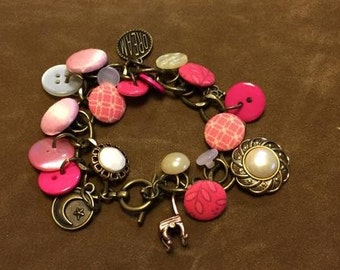Hand-crafted Button Bracelet Decorative Vintage Jewelry