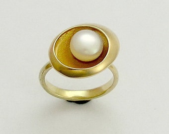 14K Yellow gold ring, engagement ring,  single pearl ring, fresh water pearl ring, organic gold ring. engagement ring - Shine on RG1568