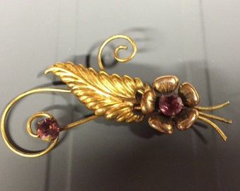 Vintage gold filled brooch with amethyst rhinestones