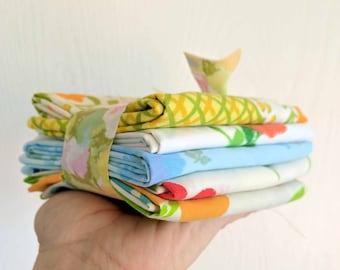 Custom Vintage Sheet Bundles / Summer Lovin' / Fat Quarters / Pack of 5 / Quilting Fabrics