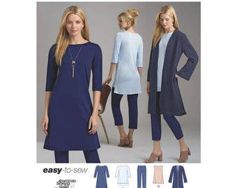 Simplicity Pattern 8557 Misses' and Miss Petite Sportswear