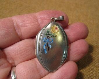 Exquisite Antique Art Nouveau Alpacca Silver Enamel Photo Locket Pendant.
