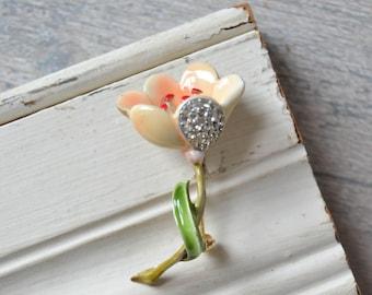 Vintage Enamel Flower Brooch - Peach Rhinestone Kramer Pin