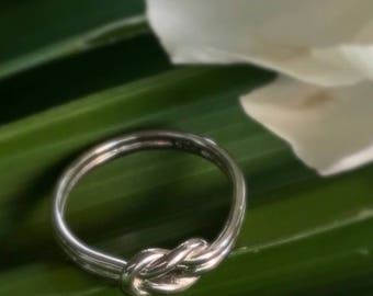 SOLID STERLING SILVER Lovers Knot Ring