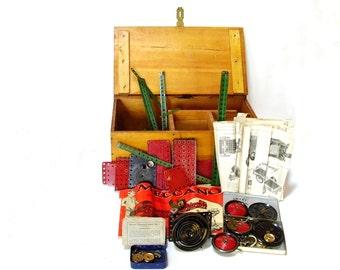 Vintage Meccano Erector Set No 5 Red Green 1940s England Wooden Box Antique Toys Manuals