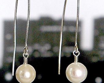 grosses perles pour la grande ville: perle Swarovski boucles d'oreilles, en argent sterling en blancs, noirs, Ivoire, mauves roses, longues boucles d'oreilles, boucles d'oreilles
