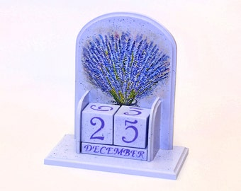 Office desk accessory for women Perpetual calendar with Lavender Gift Mom Mothers day gift Wood Desk calendar Wooden block calendar decor
