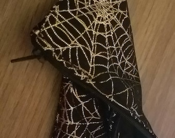 Spider web pouch