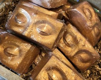 Egyptian mask bath bomb