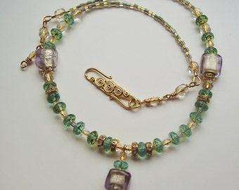 Grüne Halskette Gold 14 k Gold Halskette Crystal Phantasie Halskette atemberaubende Halskette Göttin Damen Geschenk Hochzeitsschmuck