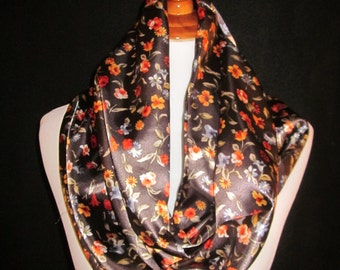 Beautiful Infinity Floral Patterned Scarf