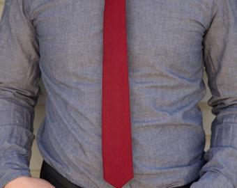 Maroon skinny tie