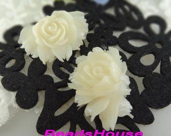 34-00-CA  2pcs High Quality Cabbage Rose - Snow White