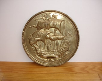 1950s Vintage Brass Wall Plaque Vintage Brass Wall Hanging of a Sailing Ship Vintage Tall Ship