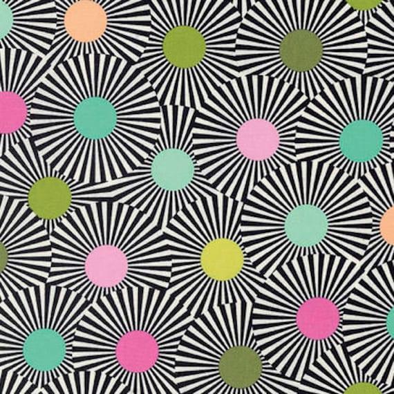 FQ CLEAR SKIES Strawberry Kiwi Black Slow & Steady Tula Pink