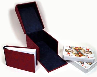 "Card game box ""Burgundy"""