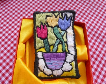 Tulip Brooch Hand Embroidered (355b)