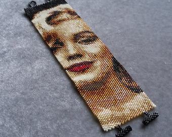 Marilyn Monroe in Black Sepia Bracelet Pattern - Peyote Stitch