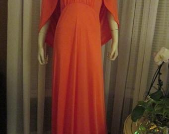 1970's Ladies Peach CLARALURA Original BIG GIRL Floor Length Dress