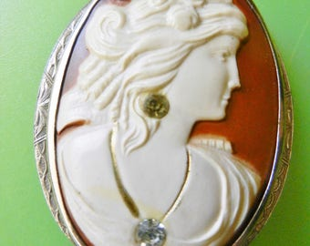 Molded Celluloid jeweled Cameo w/ engraved silver tone Frame - nice Goddess with Diamond Necklace/earring  Accents-art.894/4