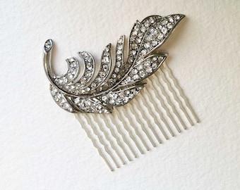 Bridal Hair Comb, Feather hair comb, Art Deco headpiece, art deco comb, wedding comb silver, crystal rhinestone SILVER SWIRL FEATHER