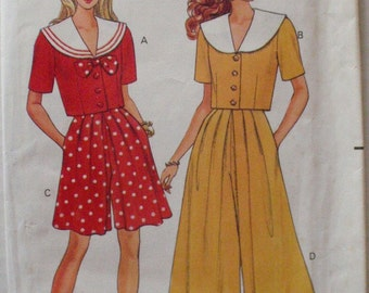 Butterick 5495 - Easy Sailor Collar Top and Split Skirt - Sizes 6 -8-10, Bust 30 1/2 - 32 1/2 - UNCUT