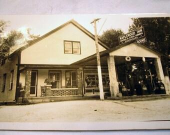 All Original Maplewood Inn Black & White Photograph Chicken Steak Dinners Rooms Sandwiches Gas Station Indian Gas Pumps