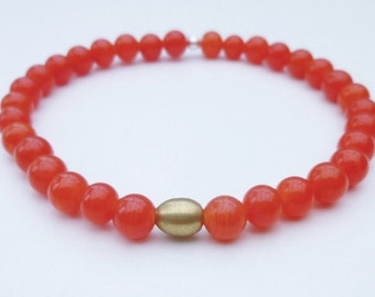Red stretch bracelet, red bracelet, red bead bracelet
