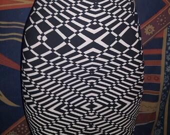 Optical illusion black and white monochrome geometric stretchy bodycon mini skirt