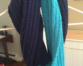 Two tone ribbed infinity scarf