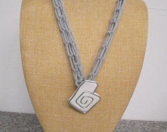 Necklace, long, with brooch / pendant crochet 60 cm