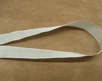 Extra strong - 1.5 cm - grey Pearl Ribbon