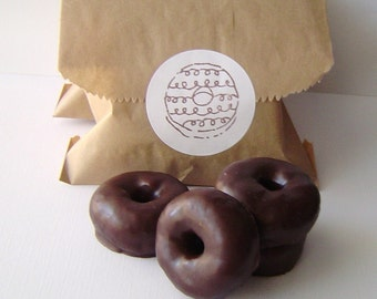 Mini Donuts Soap Set -  Doughnut Gift Set, For Her, For Him, Novelty, Fake food, Shaped Soap, Soap Favors, Party Favor, Teen gift, Dessert
