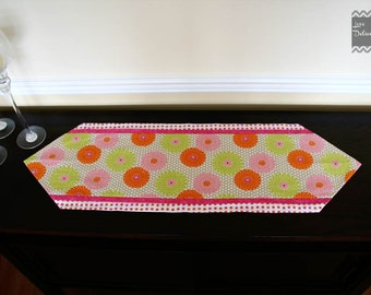 Colorful Mum Table Runner