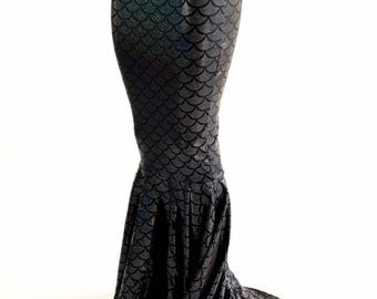 High Waist Mermaid Skirt with Puddle Train in Sparkling Black Dragon Scale 153951