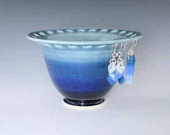Ceramic Earring Holder, Blue Earring Bowl, Jewelry Holder, Porcelain Earring Bowl, Pottery Earring Bowl, Jewelry Storage Dish, Earring Stand