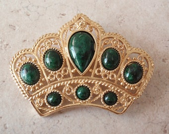 Faux Jade Crown Brooch Green Gold Tone Large Filigree Look Princess Queen Vintage V0590