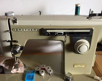 Vintage Brother Z30527 Sewing Machine Good Heavy Duty