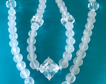1980's Summer Ice Clear and Mat Varigated Bead Necklace