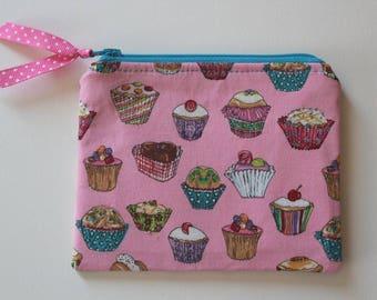 Small Zipper Pouch Purse Cupcakes