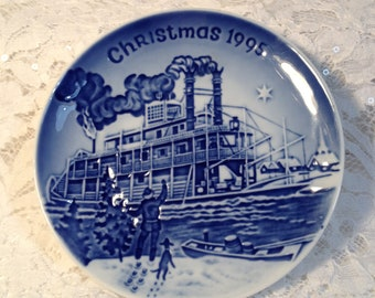 """Small Bing and Grondahl Christmas in America Series, 1995, """"Christmas Eve at the Mississippi"""", Cobalt Blue  Copenhagen Porcelain"""