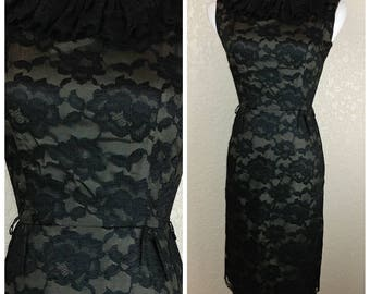 Sale *** MEMORIAL DAY SALE Gorgeous Vintage Lace Dress with Lace Collar