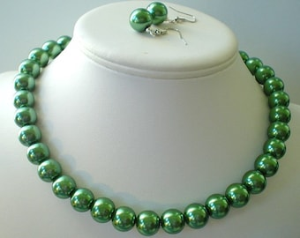 Chunky Dark Olive Green Glass Pearl Beaded Necklace Set     Great for Bridesmaid Gifts