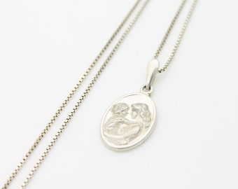 """Vintage Sterling Silver Cameo Style Pendant Necklace w Jesus and Mary Italy 19"""". [1618]"""