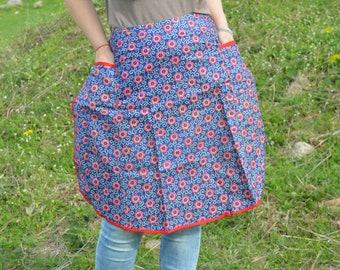 Vintage Apron - Ladies Apron - Waist Apron - Cotton Apron - Kitchen Apron - Floral Apron - Retro Apron -  Two Pockets apron - Cooking Apron