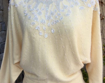 Vintage 1980s new old stock Marisa Christina butter cream lambswool beaded dolman sleeve sweater size S M